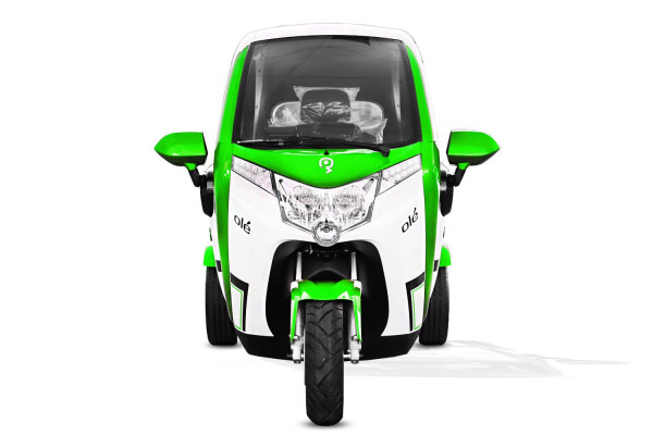 Geco Dreirad Kabinenroller E-Fahrzeug Führerscheinfrei grün Econelo F1